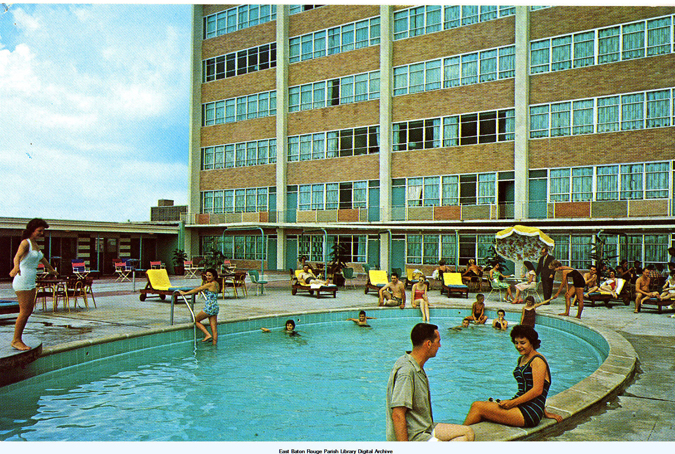 Capitol_House_Hotel_Pool